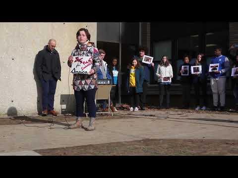 grand-rapids-students-ask-for-gun-control-legislation