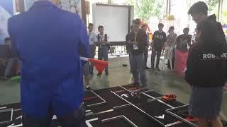 TIM ROBOTIKA SMA NEGERI 8 MANADO SALING BERADU