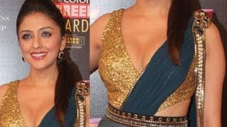 Repeat youtube video Aarti Chhabria arousing Boops!