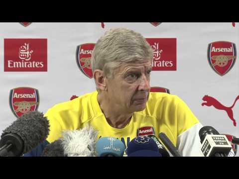 Wenger: Arsenal boo-boys should lay off Fabregas