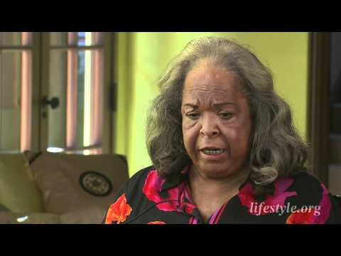 Della Reese talks about her belief in God with Ruta Lee for Lifestyle Magazine