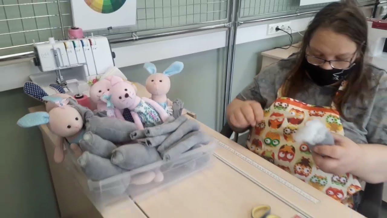 В текстильной мастерской