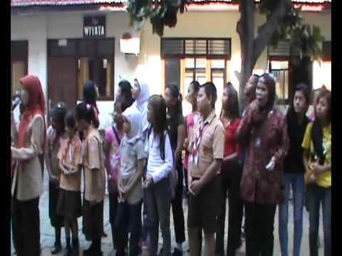 GEBYAR HARI GURU SMP TAMANSISWA JAKARTA 2012 PART1