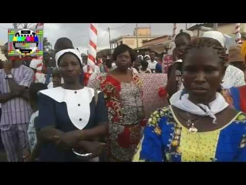 Procession du Christ Roi pour les fidèles de la paroisse Maria Auxiliadora de Gbényédzi