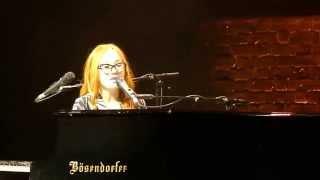 Tori Amos - Spark (Prague 11/06/2014)