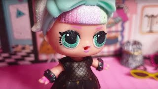 Il cambiamento di Betty  [New Doll City 🎒 S3 EP. 1]