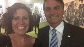 Jair Bolsonaro e Carla Zambelli em 2015 - no dia do acolhimento do impeachment