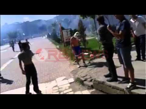 Përleshjet në Mitrovicë, dy shpërthime te ura e Ibrit- RTV Ora News- Lajm i fundit-
