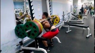 приседания 220 кг на 20 раз