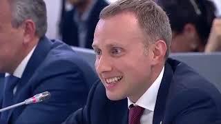 Путин увидел Умные часы Прикол