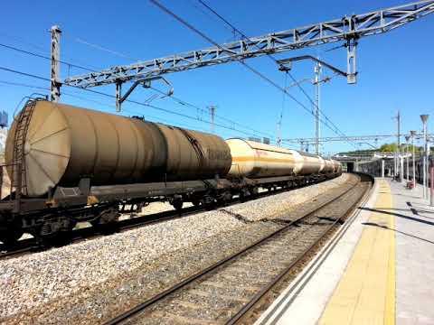 Largo tren de cisternas VTG Emerwa Fertiberia en Santa Eugenia Madrid