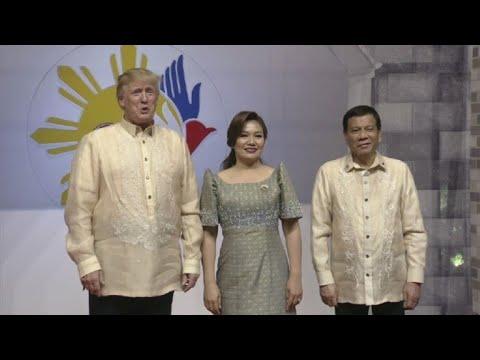 Trump meets Duterte in Manila for ASEAN gala dinner