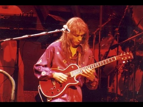 STEVE HOWE  & STEVE HACKETT (Gtr) - when the heart rules the mind  LIVE MUNICH 1986