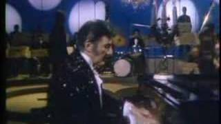 1969 Liberace Show plaing Tchaikovsky