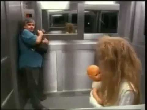 El ascensor del miedo. Broma. Multiorejano