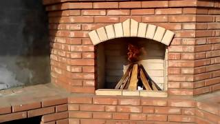видео угловой мангал из кирпича