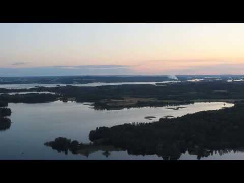 The world's most beautiful landing: Kuopio Airport [Finnair Embraer 190]
