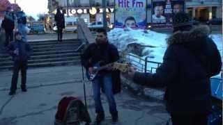Жуки «Танкист» у метро Авиамоторная.(, 2012-03-27T18:06:51.000Z)