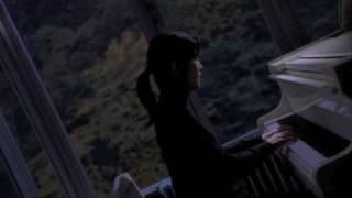 映画「転校生」(2007)より.
