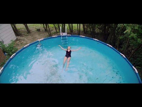 swimming pool dating