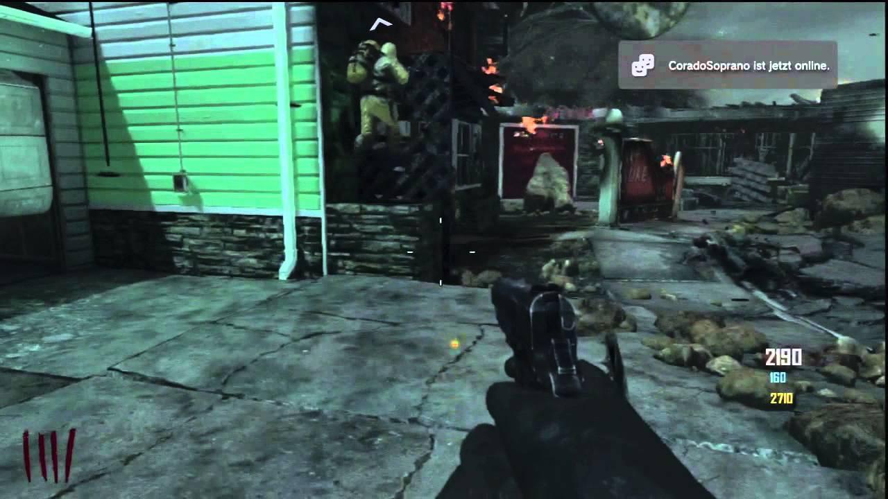 Nuketown Zombies est la douzième carte du mode Zombie. Elle est basée sur la carte Nuketown de Call of Duty: Black Ops. La carte se déroule après une partie multijoueur, soit après l'explosion nucléaire de Nuketown. On retrouve donc les maisons, jardins démolis et un