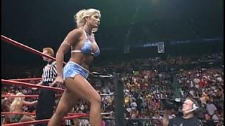 (720pHD): WCW Nitro 06/05/00 - Torrie Wilson, Major Gunns & Tygress Segments