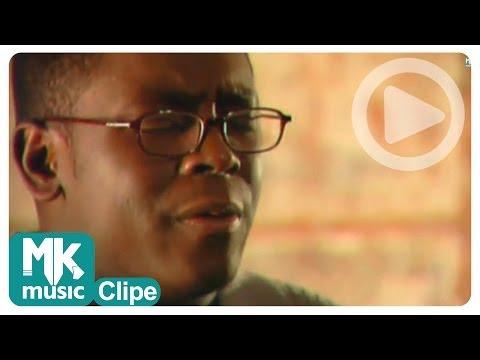 Kleber Lucas - Aos Pés Da Cruz (Clipe Oficial MK Music)