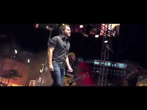 Eli Young Band - Interview - New Album '10,000 TOWNS' Available Now on iTunes