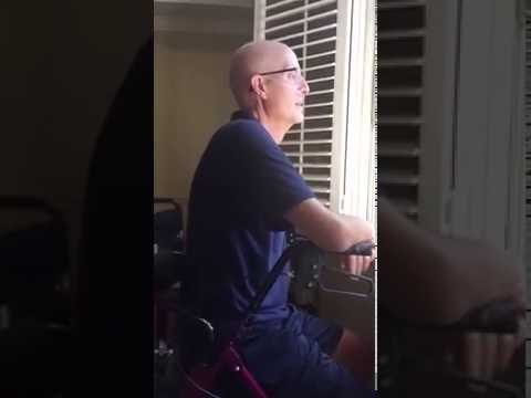 This teacher has cancer & 400+ students came to sing outside his house