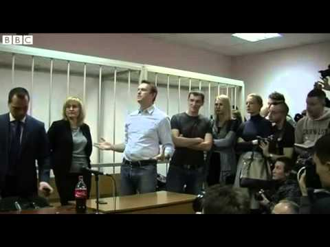 BBC News   Putin critic Alexei Navalny arrested at Moscow protest