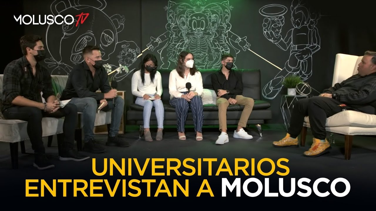 Universitarios ENTREVISTAN a Molusco por reto de la profesora 🏆