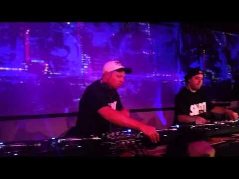 DJ Shadow & Cut Chemist spinning Afrika Bambaataa's vinyl collection (NYC 2014)
