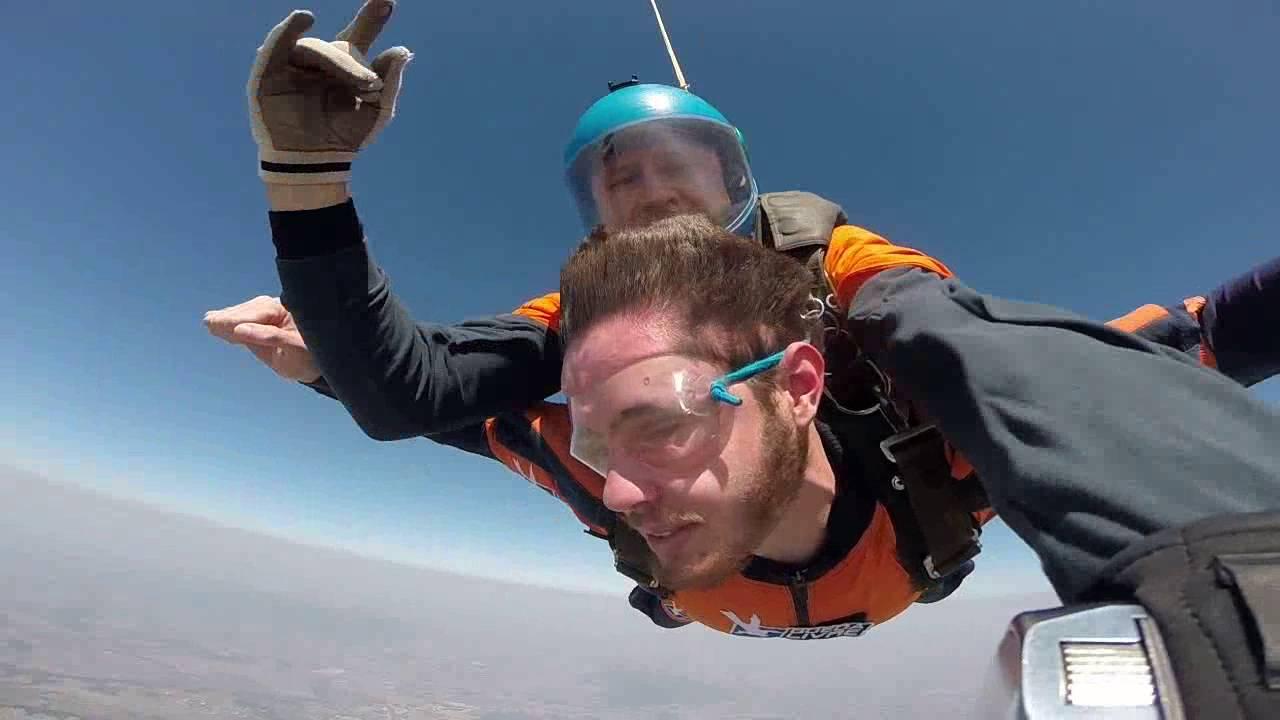 Salto de Paraqueda do Luis F na Queda Livre Paraquedismo 30 07 2016