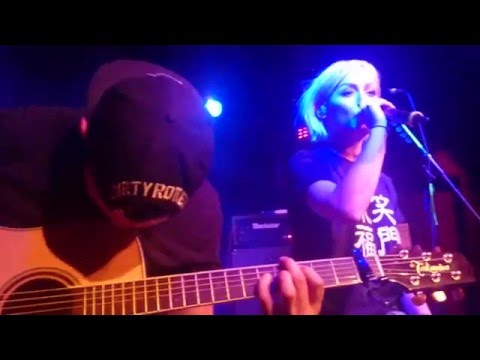 Tonight Alive - The Other Side Acoustic [Extended Version] Live Berlin 10.02.2016