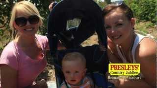 Singing Moms - Presleys