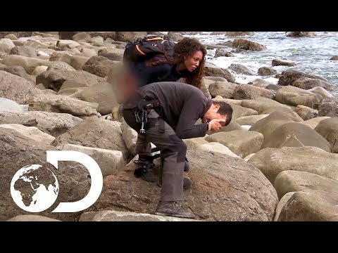 Mel B Pees on Bear's Hand!  Running Wild with Bear Grylls