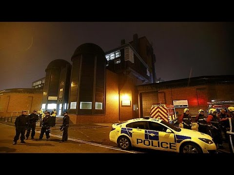 İngiltere'de cezaevinde isyan