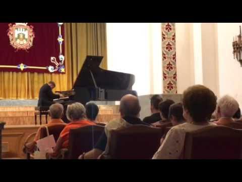 Adam Kent plays Albeniz in Burgos (II)