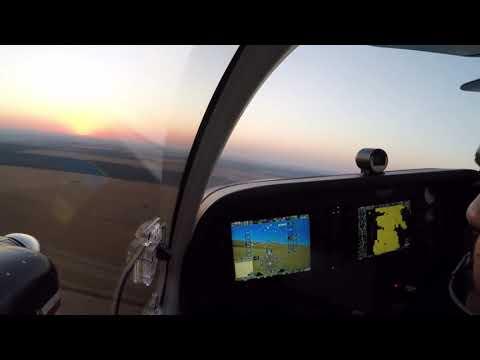 Beechcraft Baron G58 - Pouso ao nascer do sol - Chapada dos Guimarães/MT