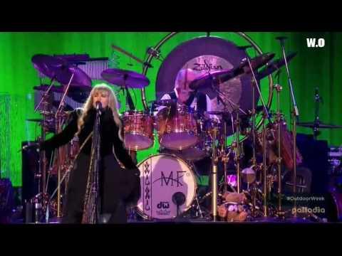 Fleetwood Mac - Dreams Live 2015