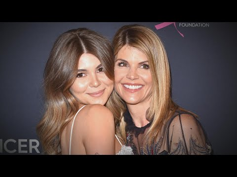 Lori Loughlin's Relationship with Daughter Olivia Jade Has 'Improved' (Source) thumbnail