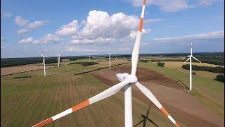 Repower MD77 Windkraftanlagen bei starkem Wind