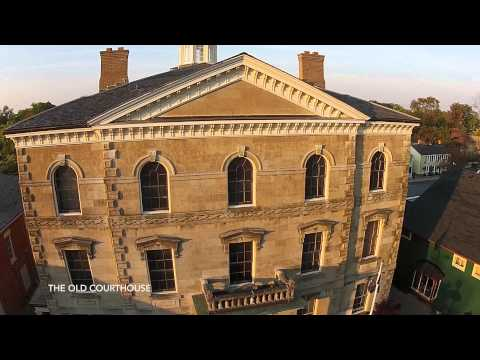 Aerial tour on Niagara on the Lake and the Town Cottage -Video 001