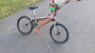 Bicycle Donuts (Bicycle drifting)