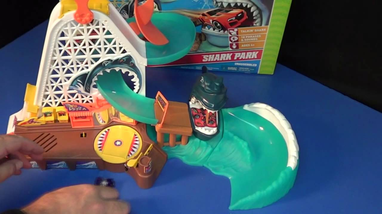 Hot wheels shark park toys r us kid picks doovi for Kitchen set toys r us philippines