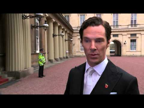 Benedict Cumberbatch collects CBE from the Queen