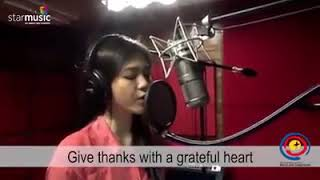 Gambar cover Janella Salvador. Give thanks.