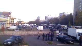 Народный сход погромы и аресты в Бирюлево Видео С места событий №1