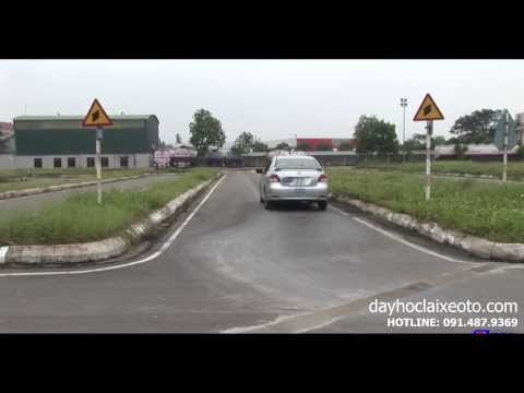 Dạy học lái xe ô tô - Qua vệt bánh xe
