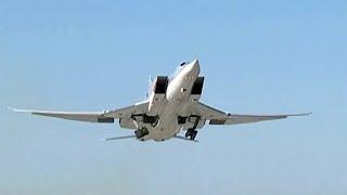 Самолеты ВКС России уничтожили крупную базу подготовки террористов под Пальмирой.